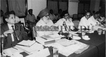 Image Id : 1336857 <span>Date : 1986-02-25 <span>Category : Politics</span>