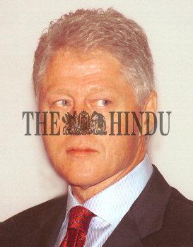 Image Id : 1974735 <span>Date : 2003-11-21 <span>Category : Politics</span>