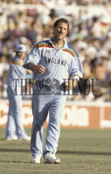Image Id : 2389320 <span>Date : 1992-03-05 <span>Category : Sport</span>