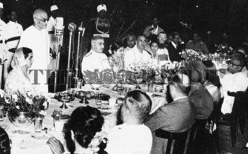 Image Id : 2461588 <span>Date : 1949-12-20 <span>Category : Politics</span>