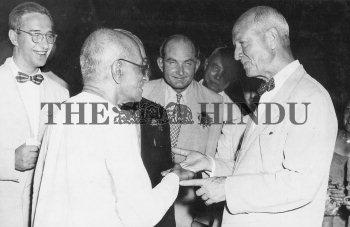 Image Id : 2461605 <span>Date : 1949-08-27 <span>Category : Politics</span>