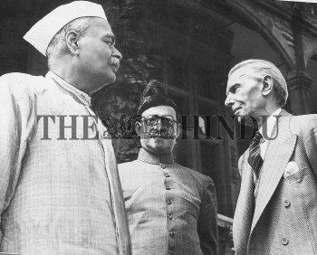 Image Id : 2472331 <span>Date : 1945-06-25 <span>Category : Politics</span>