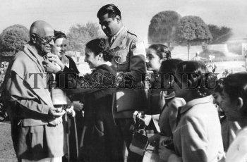 Image Id : 2472642 <span>Date : 1949-12-07 <span>Category : Politics</span>