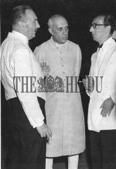 Image Id : 2536109 <span>Date : 1949-03-29 <span>Category : Politics</span>