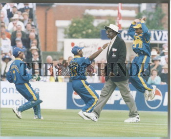 Image Id : 2729401 <span>Date : 1999-05-19 <span>Category : Sport</span>