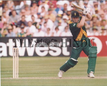 Image Id : 2729439 <span>Date : 1999-05-29 <span>Category : Sport</span>