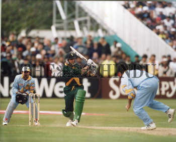 Image Id : 2729441 <span>Date : 1999-05-15 <span>Category : Sport</span>