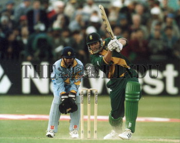 Image Id : 2729444 <span>Date : 1999-05-15 <span>Category : Sport</span>