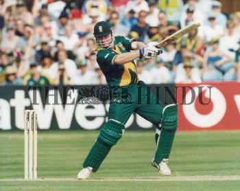 Image Id : 2729447 <span>Date : 1999-05-29 <span>Category : Sport</span>