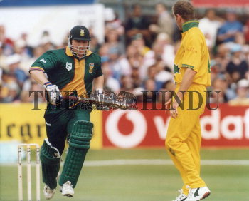Image Id : 2729448 <span>Date : 1999-06-13 <span>Category : Sport</span>