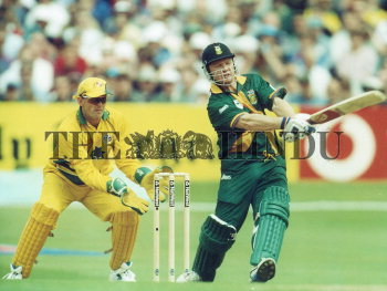 Image Id : 2729456 <span>Date : 1999-06-13 <span>Category : Sport</span>