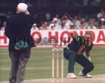 Image Id : 2757835 <span>Date : 1999-05-29 <span>Category : Sport</span>