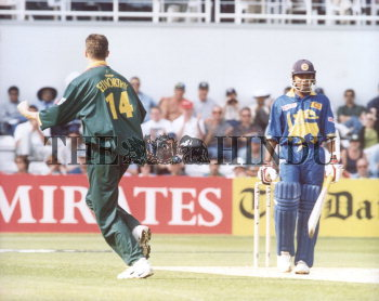 Image Id : 2758024 <span>Date : 1999-05-19 <span>Category : Sport</span>
