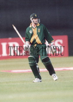 Image Id : 2789532 <span>Date : 1999-05-15 <span>Category : Sport</span>