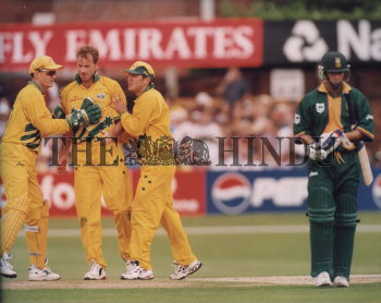 Image Id : 2870338 <span>Date : 1999-06-13 <span>Category : Sport</span>