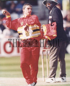 Image Id : 2875043 <span>Date : 1999-05-25 <span>Category : Sport</span>