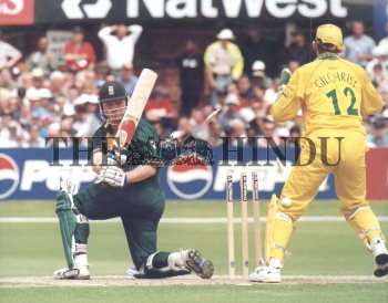 Image Id : 2885724 <span>Date : 1999-06-13 <span>Category : Sport</span>