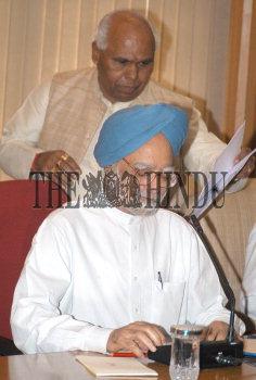 Image Id : 3013256 <span>Date : 2004-06-23 <span>Category : Politics</span>