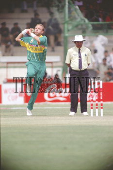 Image Id : 3213232 <span>Date : 1996-02-29 <span>Category : Sport</span>