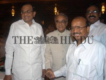 Image Id : 3525218 <span>Date : 2004-09-23 <span>Category : Politics</span>