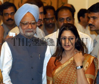 Dr  Manmohan Singh, Prime Minister, with Ms  Nagma, film actress at