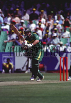 Image Id : 4136929 <span>Date : 1992-12-17 <span>Category : Sport</span>