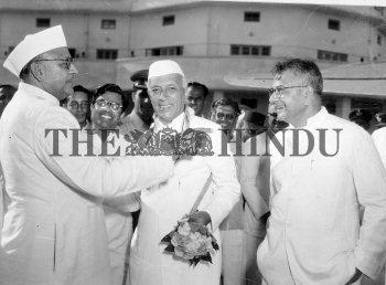 Image Id : 4176486 <span>Date : 1955-10-06 <span>Category : Politics</span>