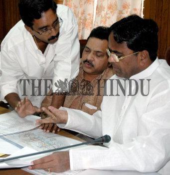Image Id : 4574812 <span>Date : 2005-03-24 <span>Category : Politics</span>