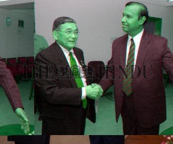 Image Id : 4708659 <span>Date : 2005-04-14 <span>Category : Politics</span>