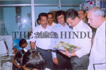 Image Id : 4831784 <span>Date : 2005-04-26 <span>Category : Politics</span>