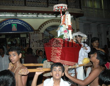 Image Id : 4832588 <span>Date : 2005-05-04 <span>Category : Religion and Belief</span>