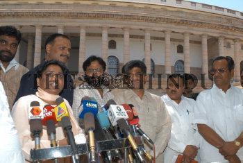 Image Id : 4881475 <span>Date : 2005-05-12 <span>Category : Politics</span>