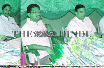 Image Id : 4927198 <span>Date : 2005-05-19 <span>Category : Politics</span>