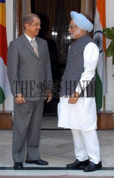 Image Id : 5358171 <span>Date : 2005-08-01 <span>Category : Politics</span>