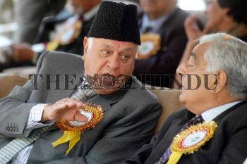 Image Id : 5760094 <span>Date : 2005-10-03 <span>Category : Politics</span>