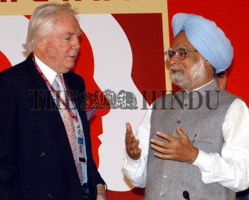 Image Id : 6259582 <span>Date : 2005-12-08 <span>Category : Politics</span>