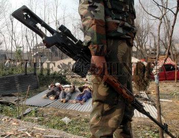 Image Id : 6418434 <span>Date : 2005-12-28 <span>Category : Politics</span>