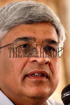 Image Id : 6481506 <span>Date : 2006-01-05 <span>Category : Politics</span>
