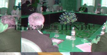 Image Id : 6539012 <span>Date : 2006-01-12 <span>Category : Politics</span>