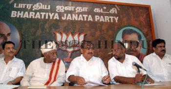 Image Id : 7026053 <span>Date : 2006-03-06 <span>Category : Politics</span>