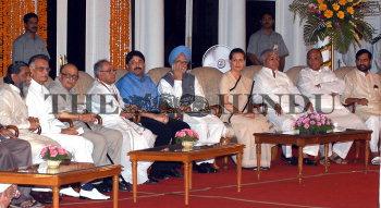 Image Id : 7863534 <span>Date : 2006-05-22 <span>Category : Politics</span>