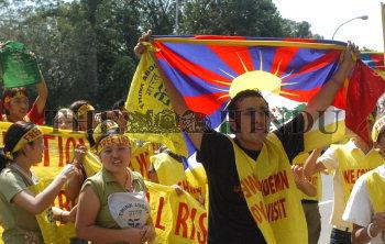 Image Id : 8881782 <span>Date : 2006-08-17 <span>Category : Politics</span>