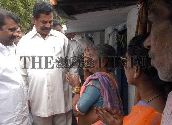 Image Id : 9147821 <span>Date : 2006-08-30 <span>Category : Politics</span>