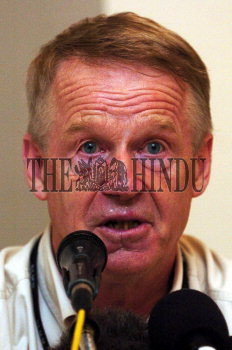 Image Id : 9168934 <span>Date : 2006-07-31 <span>Category : Politics</span>