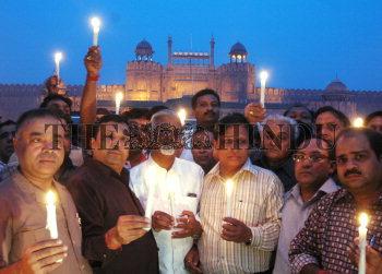 Image Id : 10244797 <span>Date : 2006-11-10 <span>Category : Politics</span>