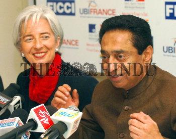 Image Id : 10548306 <span>Date : 2006-12-04 <span>Category : Politics</span>