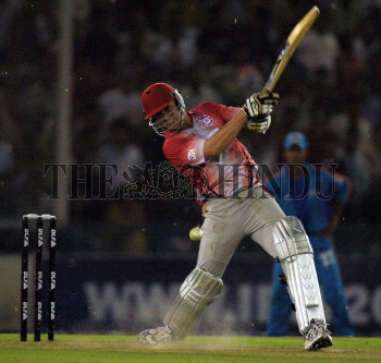 Image Id : 102222446 <span>Date : 2008-04-25 <span>Category : Sport</span>