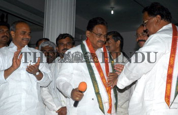 Image Id : 107536593 <span>Date : 2009-03-06 <span>Category : Politics</span>