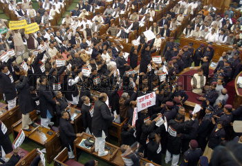 Image Id : 120964105 <span>Date : 2011-02-04 <span>Category : Politics</span>