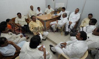Image Id : 121924814 <span>Date : 2011-03-03 <span>Category : Politics</span>